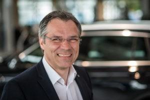 Auto kaufen Bremen: Geschäftsführer Bielefeld vom Autohaus Bremen