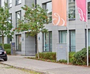 Familienrecht Bremen: Die Kanzlei Bruns und Dr. Redmann liegt in Bremen-Schwachhausen. Die Fachanwälte dort haben sich auf Familienrecht und Erbrecht spezialisiert.