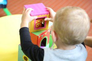Kita Platz einklagen: Eltern brauchen Rechtsbeistand, damit ihr Kind in der Kita spielen kann