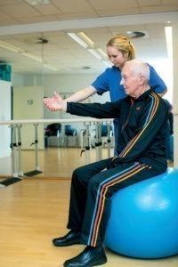 Schmerzen in der Schulter – Krankengymnastik