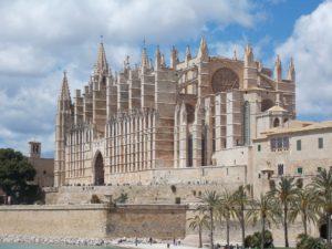 palma-de-mallorca-kathedrale-der-heiligen-maria