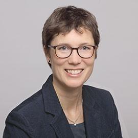Porträt Rechtsanwältin Mira Gathmann