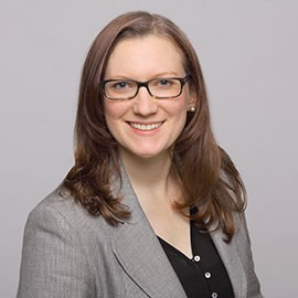 Porträt Rechtsanwältin Nora Wölfl