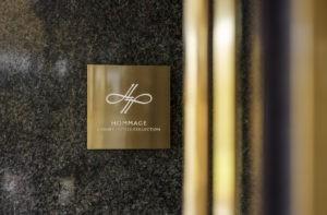 Schild Hommage Luxury Hotels Collection