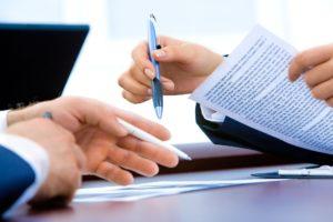 Wer einen Aufhebungsvertrag in Bremen bekommt, sollte direkt einen Fachanwalt für Arbeitsrecht einschalten und diesen prüfen lassen.